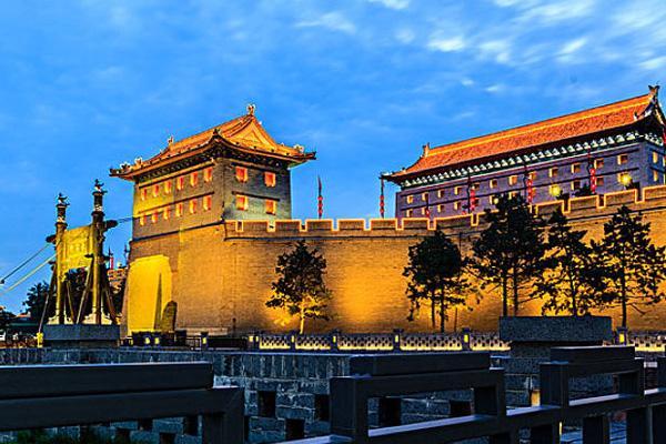 2021西安城墙开放时间和门票多少 西安城墙从哪个门上比较好
